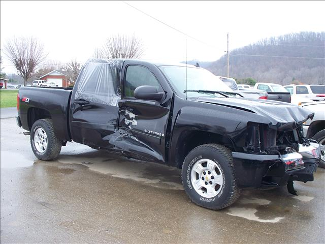 2013 chevrolet silverado 1500 ltz 4x4 extended cab 66 ft for Shively motors chambersburg pa