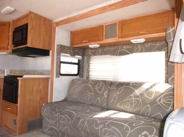 2005 Winnebago Itasca Spirit 29B - Helena MT