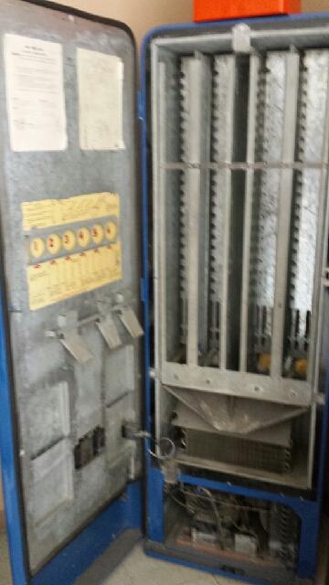 1956 Pepsi machine