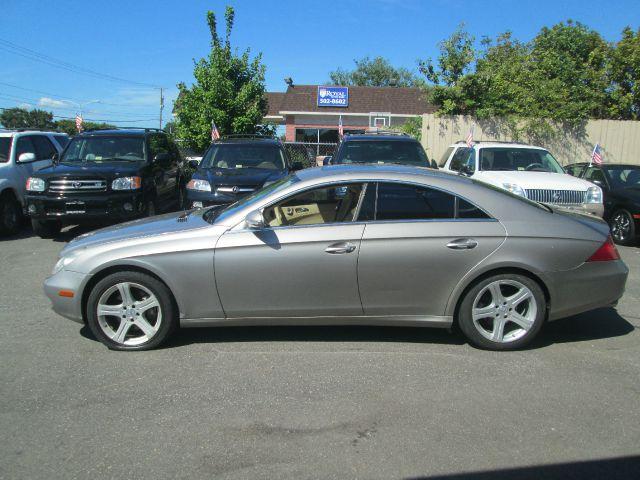 2006 Mercedes-Benz CLS-Class