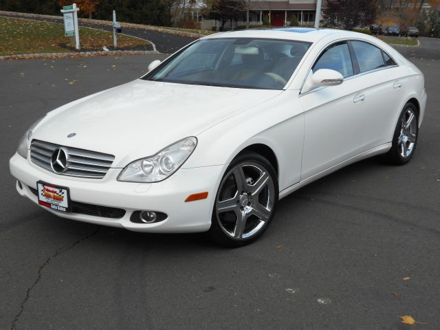 2006 mercedes benz cls class cls500 4 door coupe in nyack for 2006 mercedes benz cls500 for sale