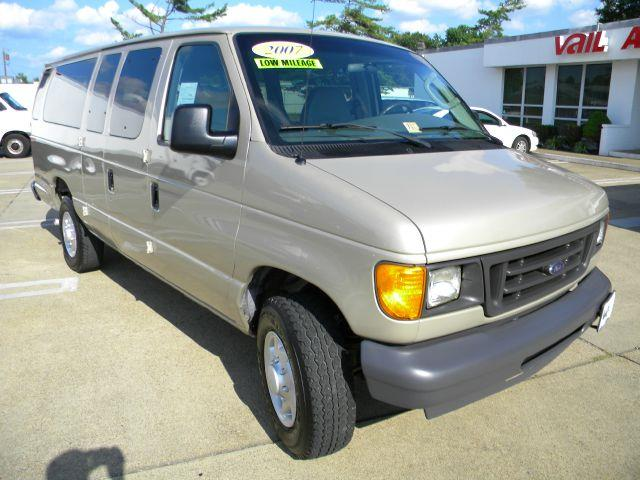 2007 Ford E-Series Wagon