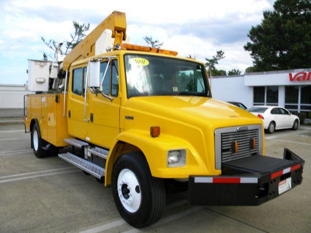 2001 Freightliner FL 70