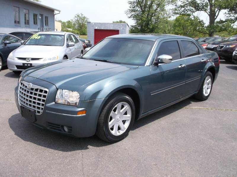 2005 chrysler 300 touring 4dr sedan in troy oh buckeye. Black Bedroom Furniture Sets. Home Design Ideas