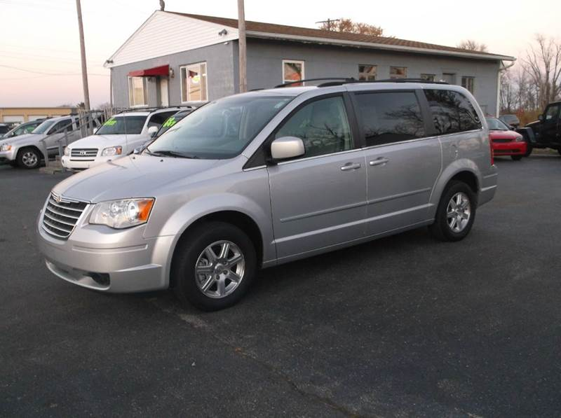 2008 chrysler town and country touring 4dr mini van in troy oh buckeye motors. Black Bedroom Furniture Sets. Home Design Ideas