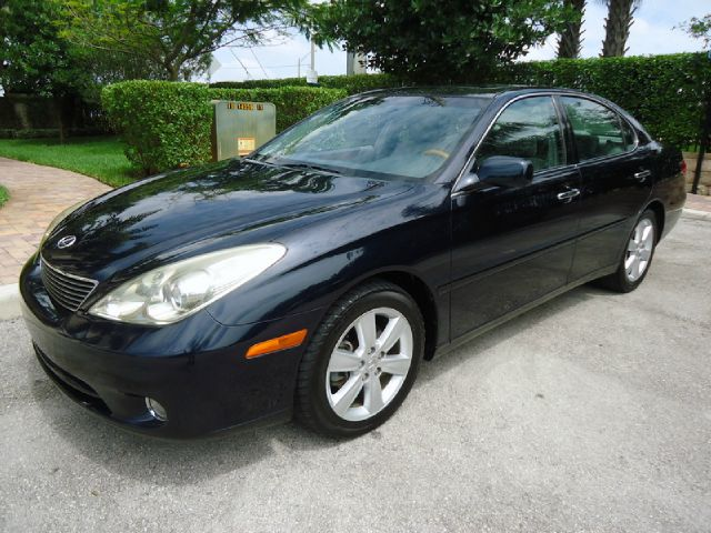 2005 LEXUS ES 330 SEDAN blue metallic all power equipment on this vehicle is in working order veh