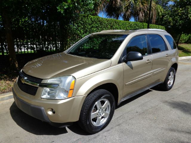 2005 CHEVROLET EQUINOX LT 2WD gold great shape 2005 chevy equinox loaded with fetures like cd ke