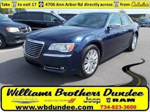 2013 Chrysler 300 for sale in Dundee MI