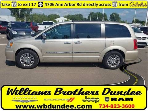 2015 Chrysler Town and Country for sale in Dundee, MI