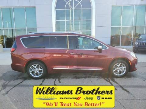 2018 Chrysler Pacifica for sale at Williams Brothers - Pre-Owned Monroe in Monroe MI
