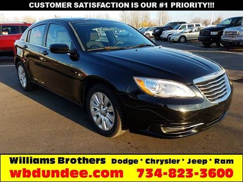 2013 Chrysler 200 for sale in Dundee, MI