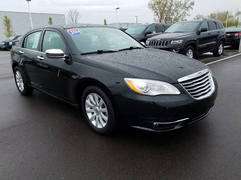 2014 Chrysler 200 for sale in Dundee, MI