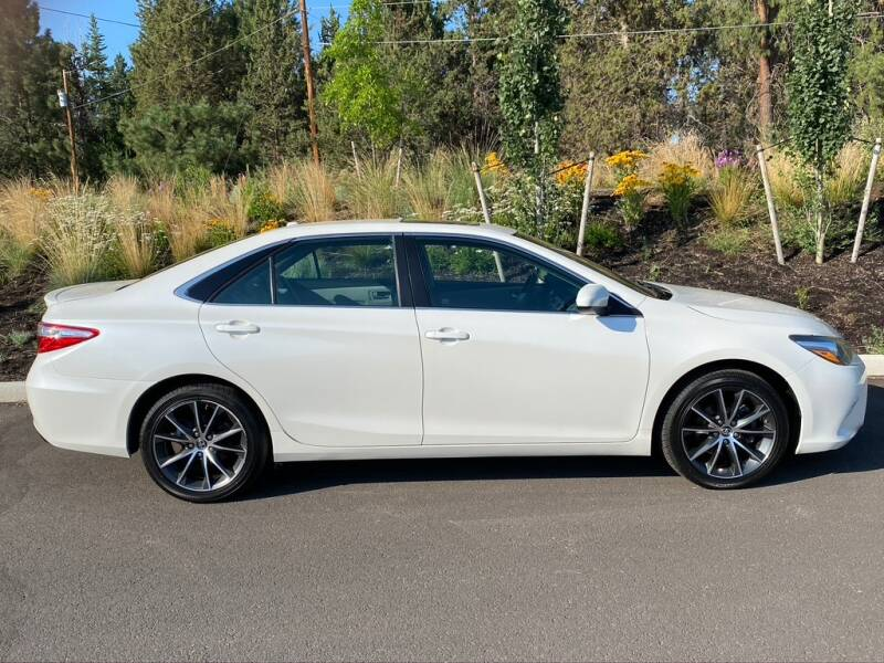 2015 Toyota Camry XSE 4dr Sedan - Bend OR
