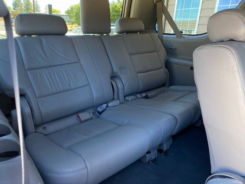 2005 Toyota Sequoia Limited 4WD 4dr SUV - Bend OR
