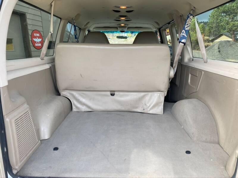 2003 Ford E-Series Wagon E-150 XLT 3dr Passenger Van - Bend OR