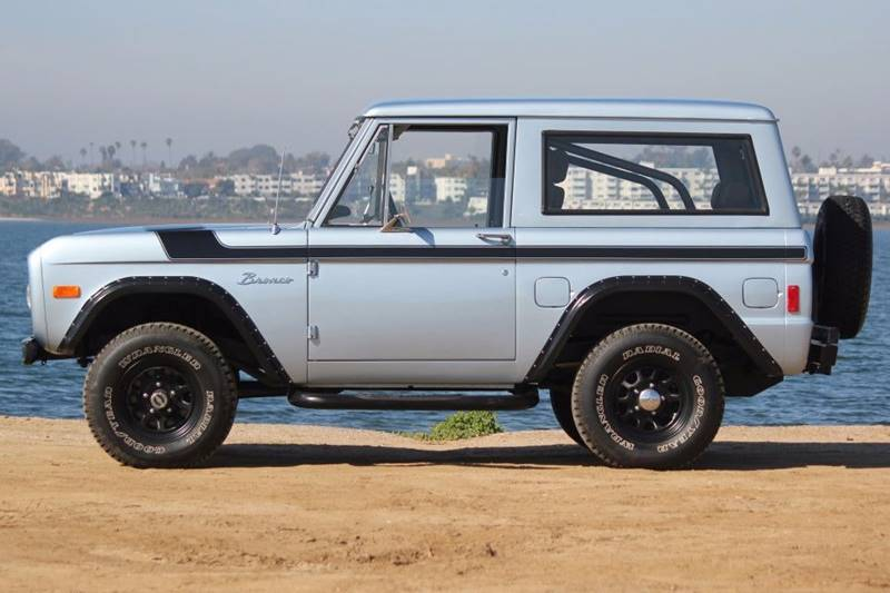 1977 Ford Bronco 2