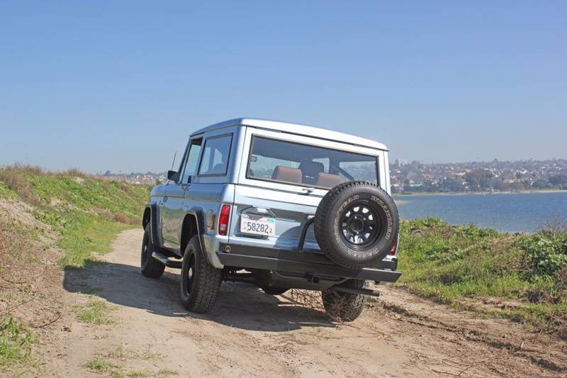 1977 Ford Bronco 19