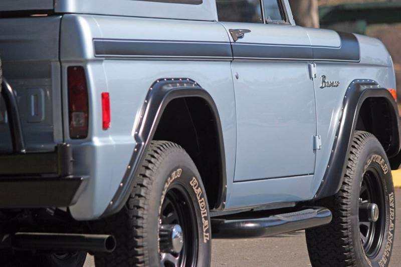 1977 Ford Bronco 29