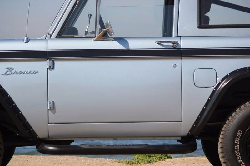 1977 Ford Bronco 31