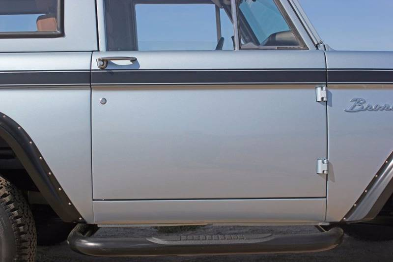 1977 Ford Bronco 34
