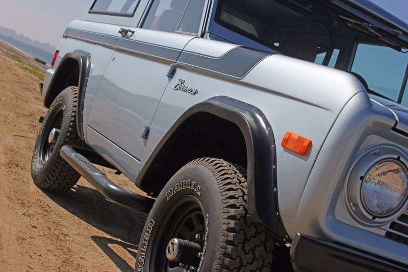1977 Ford Bronco 35