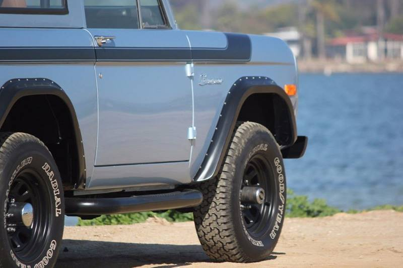 1977 Ford Bronco 37