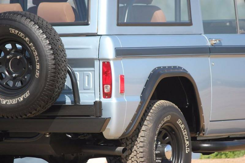 1977 Ford Bronco 39