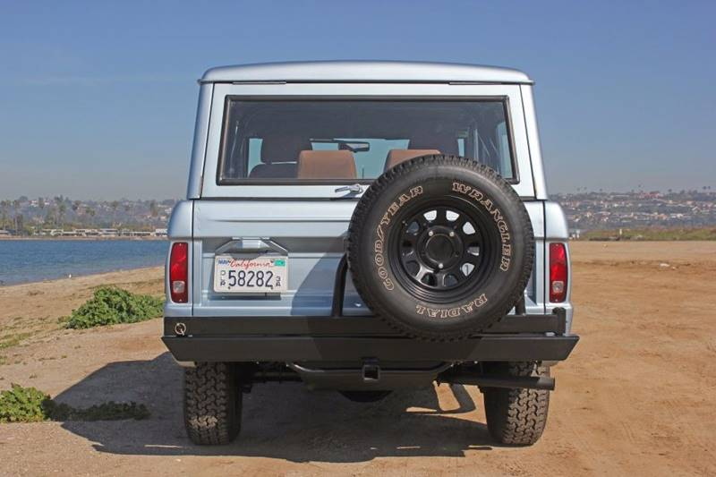 1977 Ford Bronco 40