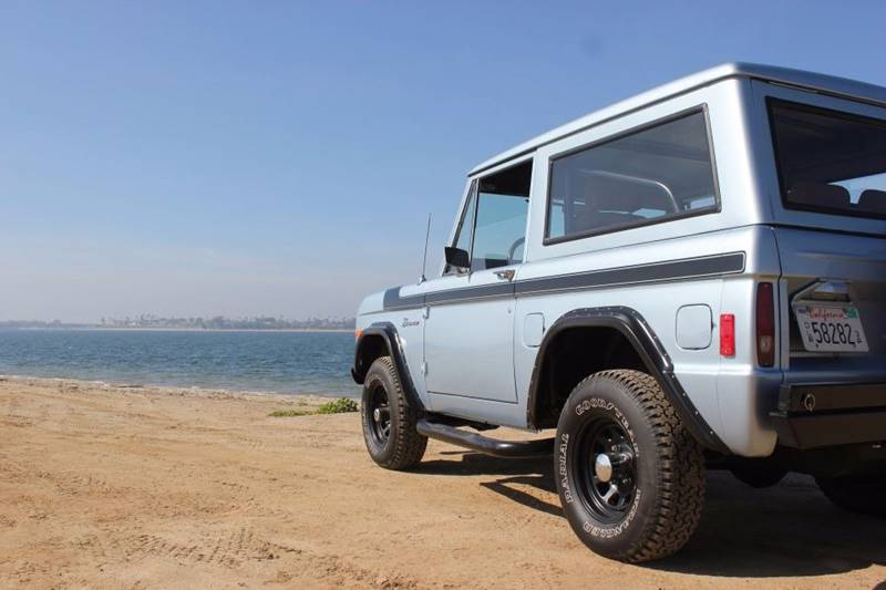 1977 Ford Bronco 48