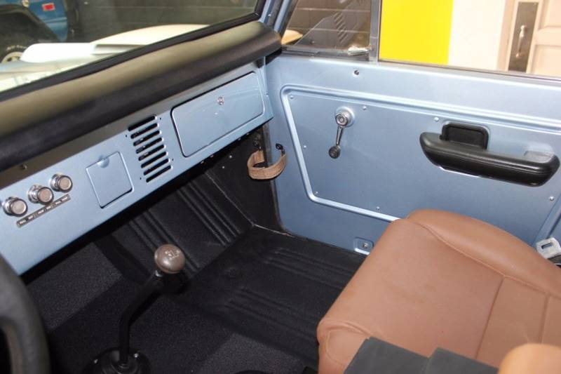 1977 Ford Bronco 58