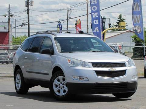 2009 Chevrolet Traverse for sale at AK Motors in Tacoma WA