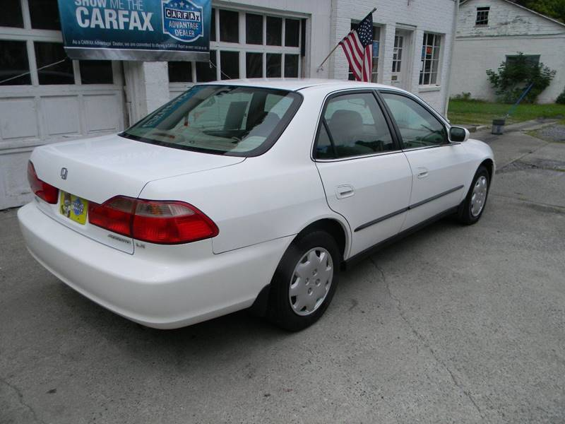 1998 Honda Accord LX 4dr Sedan - Troutville VA