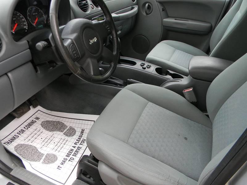2006 Jeep Liberty Sport 4dr SUV 4WD - Troutville VA