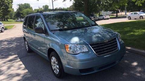 2009 Chrysler Town and Country for sale in Belton, MO