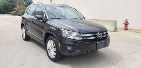 2012 Volkswagen Tiguan for sale at Auto Choice in Belton MO