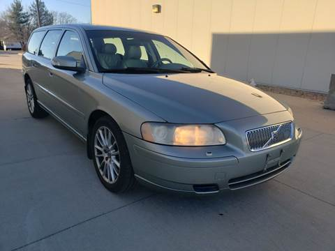 2007 Volvo V70 for sale at Auto Choice in Belton MO