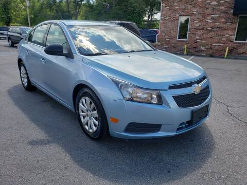 2011 Chevrolet Cruze for sale at Auto Choice in Belton MO