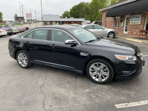 2010 Ford Taurus for sale at Auto Choice in Belton MO