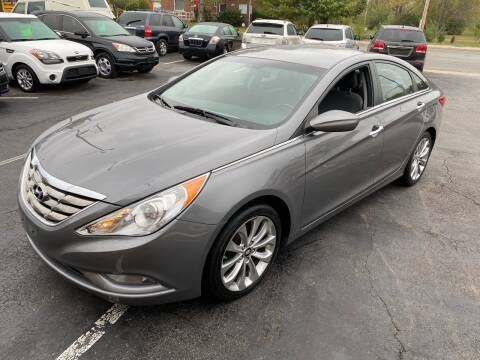 2013 Hyundai Sonata for sale at Auto Choice in Belton MO