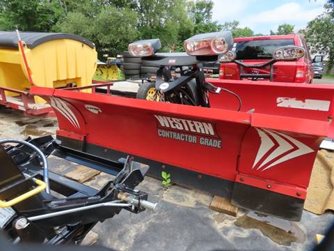 Used Western Plow Wide Out 8-10 for sale in Cromwell, CT