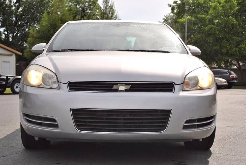 2006 Chevrolet Impala LT 4dr Sedan w/3.5L w/ roof rail curtain delete - Stuttgart AR