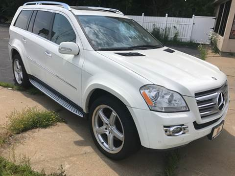 2008 Mercedes-Benz GL-Class for sale at BORGES AUTO CENTER, INC. in Taunton MA