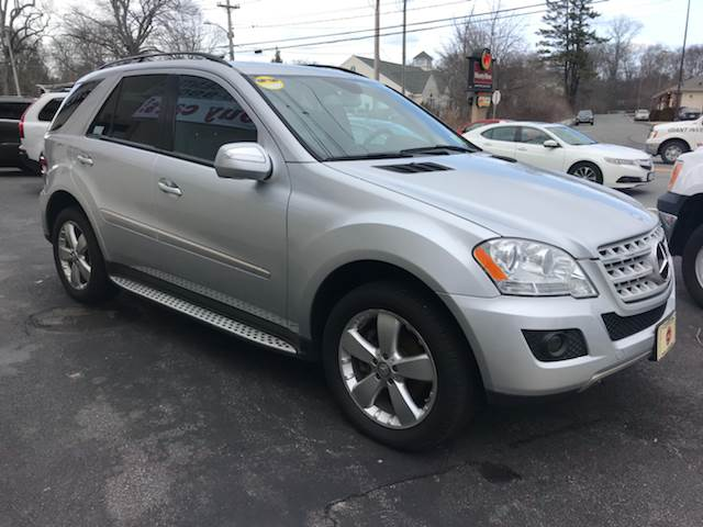 2009 Mercedes-Benz M-Class for sale at BORGES AUTO CENTER, INC. in Taunton MA