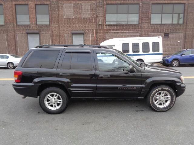 2004 Jeep Grand Cherokee for sale at GLOBAL MOTOR GROUP in Newark NJ