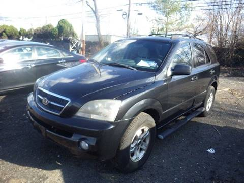 2005 Kia Sorento for sale at GLOBAL MOTOR GROUP in Newark NJ