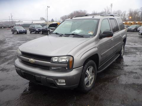 2005 Chevrolet TrailBlazer EXT for sale at GLOBAL MOTOR GROUP in Newark NJ
