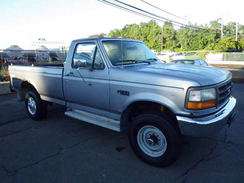 1996 Ford F-250 for sale at GLOBAL MOTOR GROUP in Newark NJ