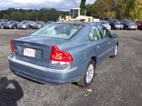 2004 Volvo S60 for sale at GLOBAL MOTOR GROUP in Newark NJ
