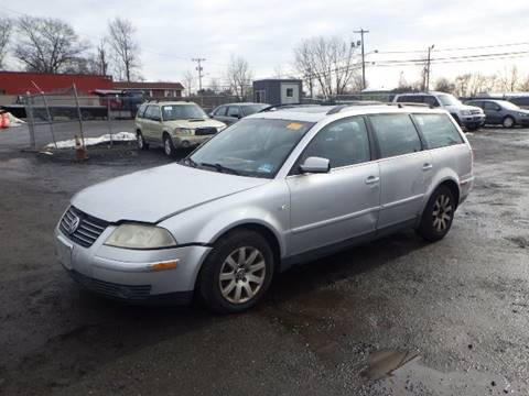 2002 Volkswagen Passat for sale at GLOBAL MOTOR GROUP in Newark NJ