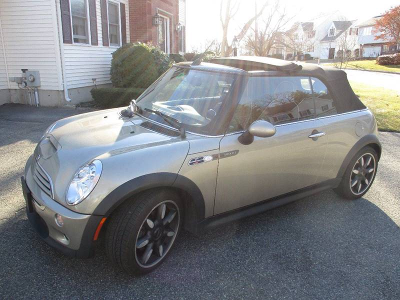 2007 MINI Cooper for sale at Route 16 Auto Brokers in Woburn MA